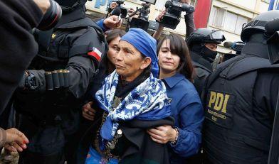 Detencion y formalización de 11 comuneros mapuche por crimen del matrimonio Luchsinger Mackay